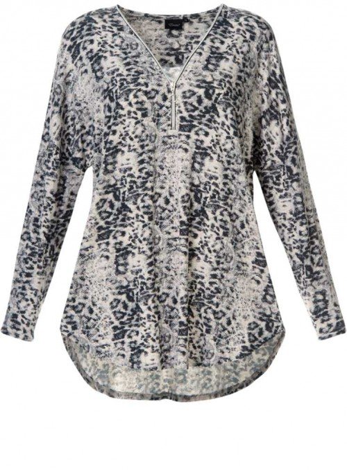 Bamboo womens T-shirt long sleeves Animal print