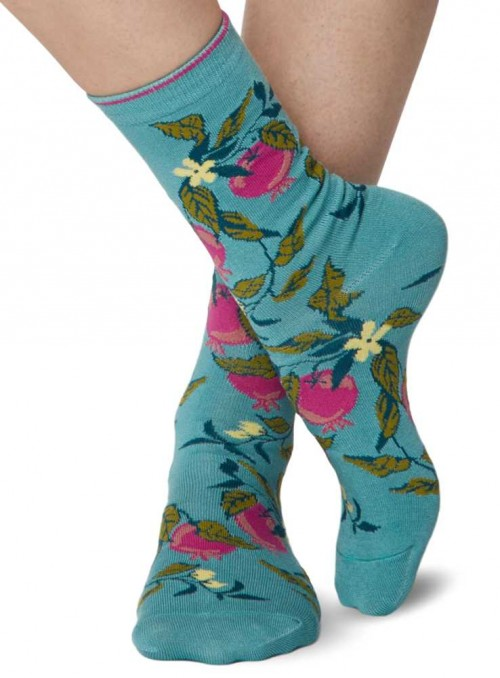 Bamboo Socks womens Apple Flower with handlinked toe from Thought
